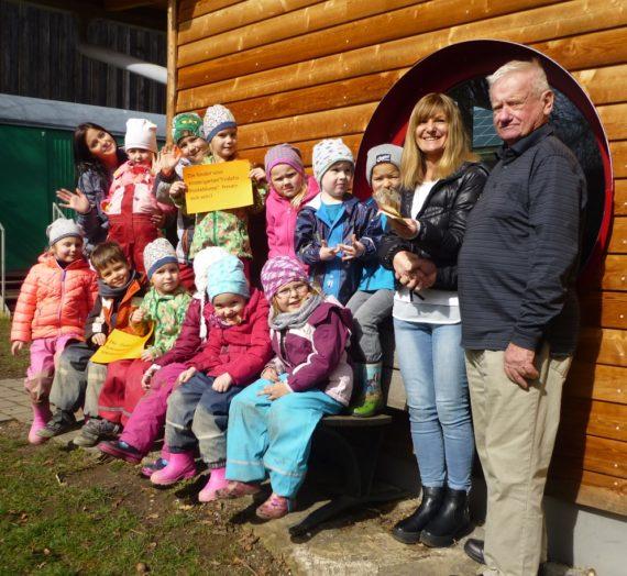 Kindergarten – Spende von Taubenfreunden