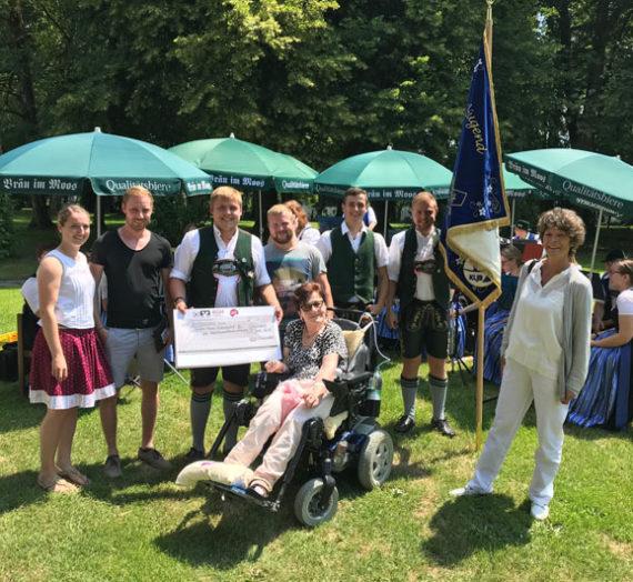 Spendenübergabe der Landjugend Schonstett